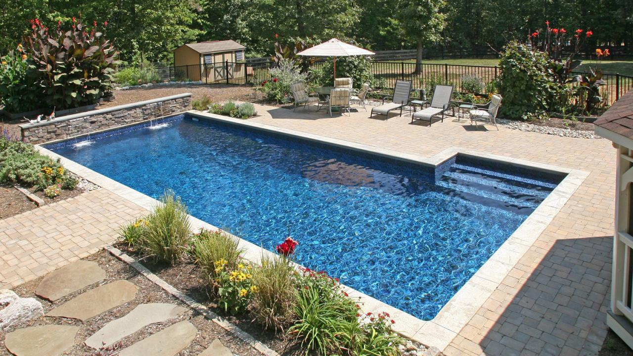 Brentwood tn mcmillion pool company pool inspection for Vinyl swimming pool